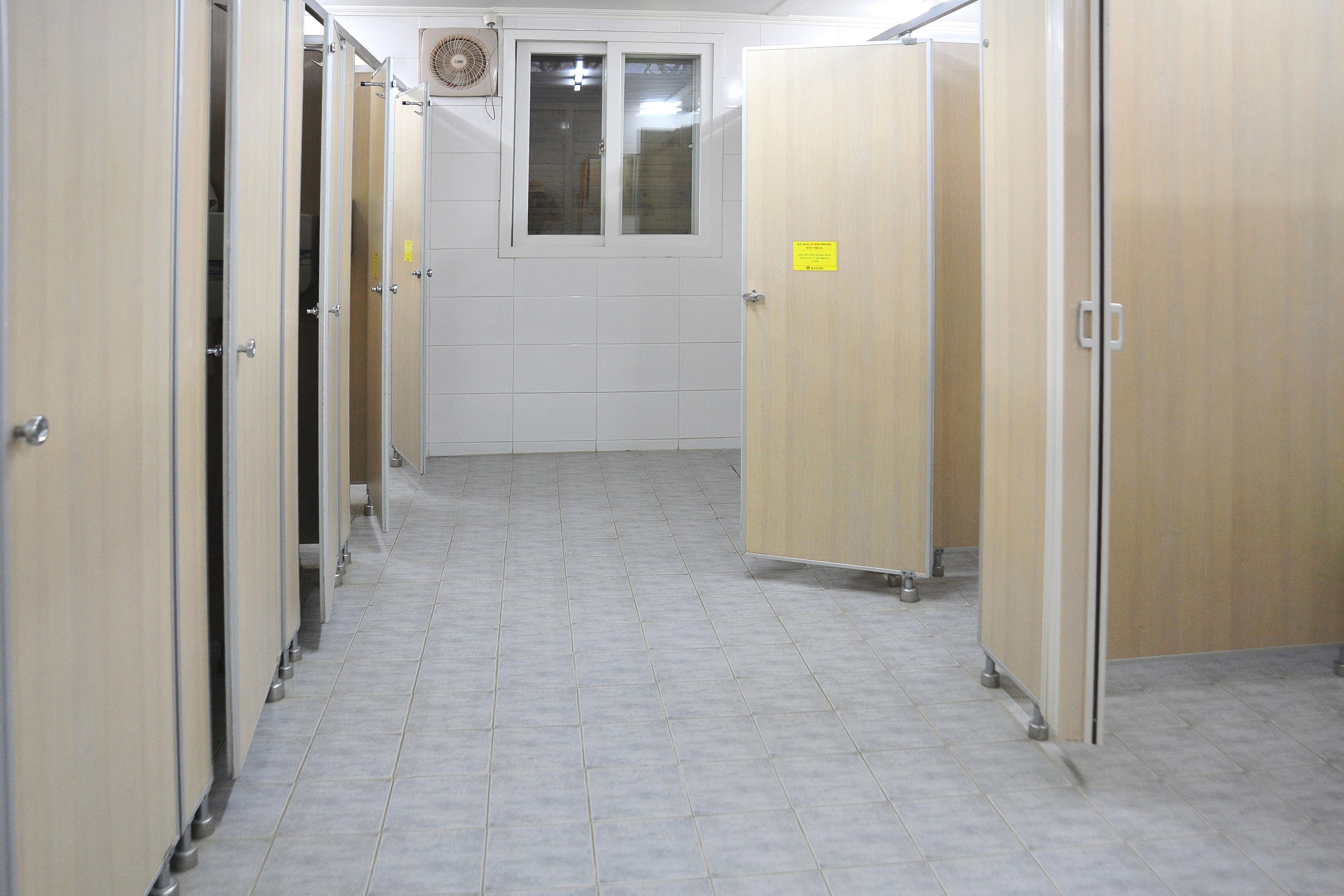 마이어즈관 1층 여자화장실
