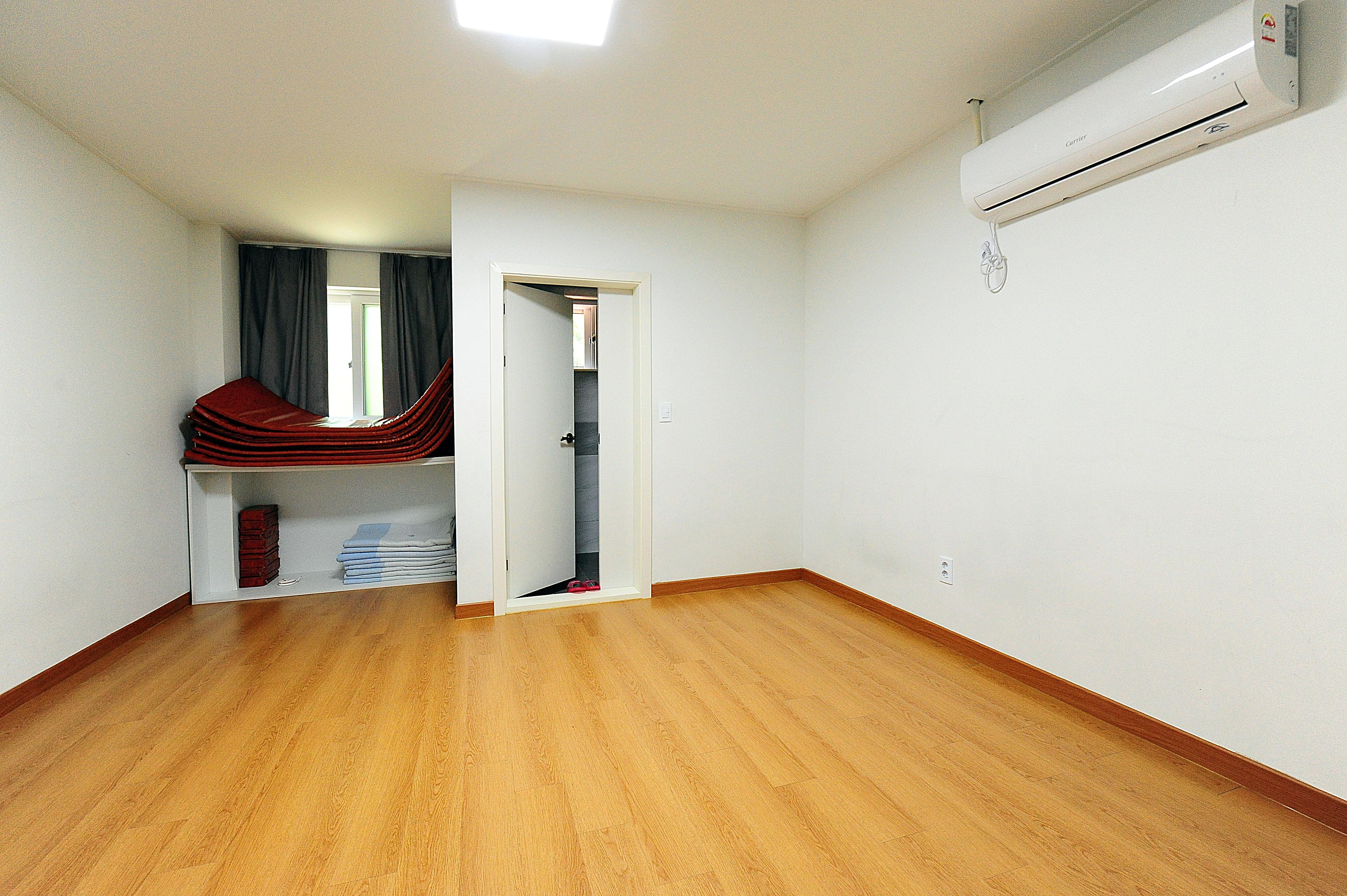 벚나무관 1층 3~8호실